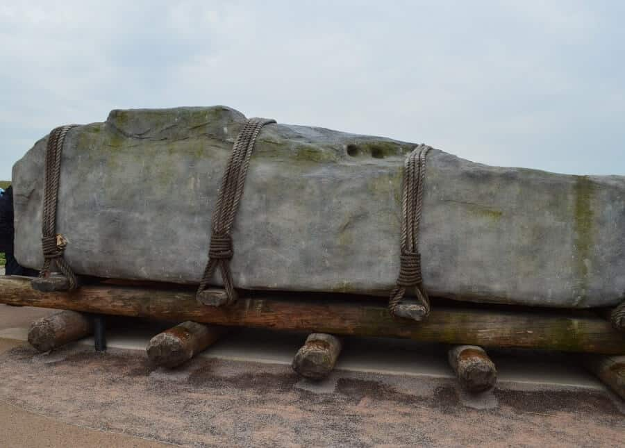 How they moved Stonehenge stones
