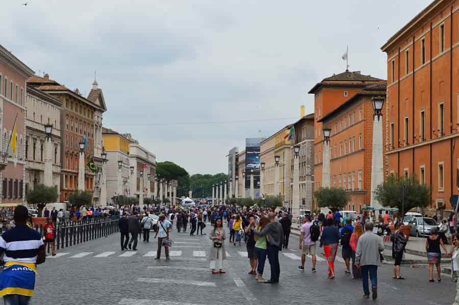 How to get to the Vatican from Rome