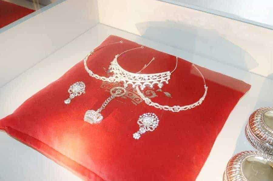 Danish Jewels on Display in Christiansborg Palace
