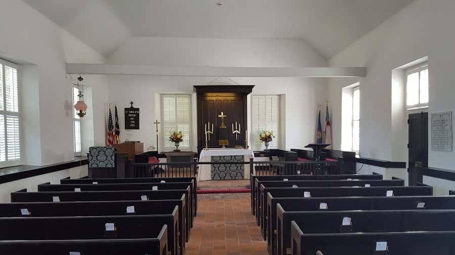 Inside St. Thomas Church in Bath