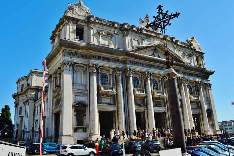 Madre del Buon Consiglio in Naples