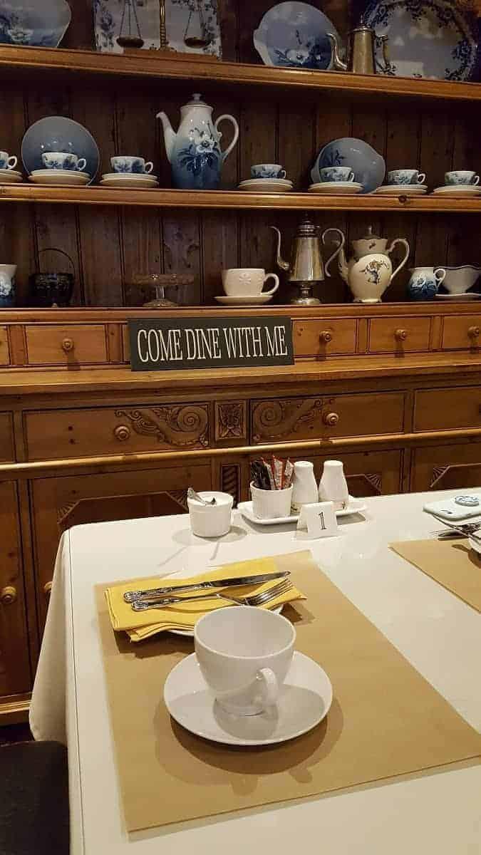 Meadhon Jedburgh Breakfast room
