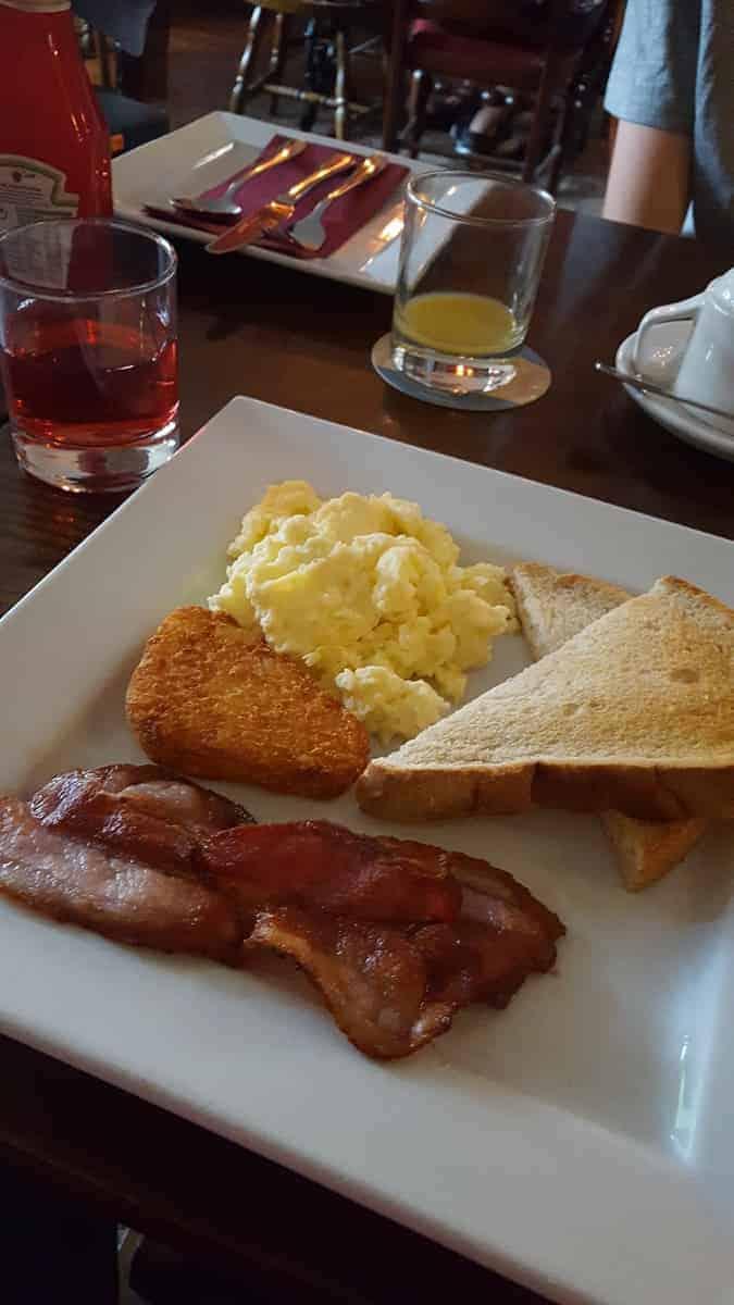 Breakfast at Rose & Crown B&B