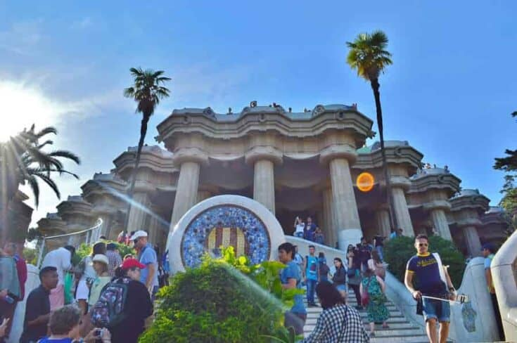 Best of Gaudi: Barcelona Tour of Famous Landmarks
