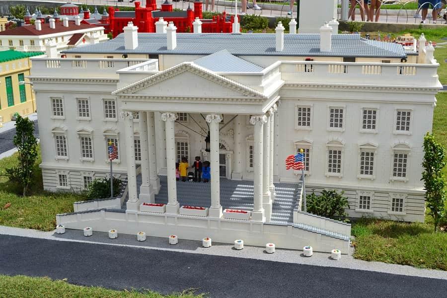 Legoland Florida Whitehouse with Obama Family