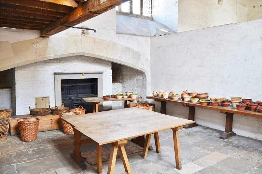 Tudor Kitchen in Hampton Court palace
