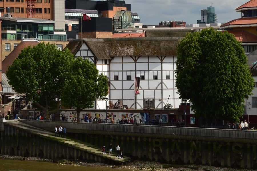 Globe theater along the Thames