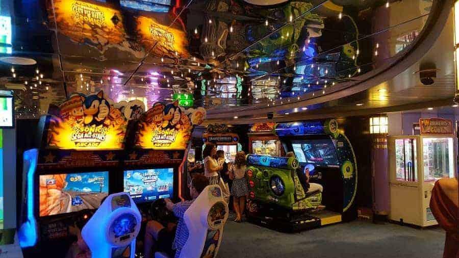 Mariner of the Seas Arcade