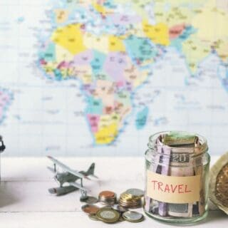 10 Budget Travel Tips to Save Money on Vacations