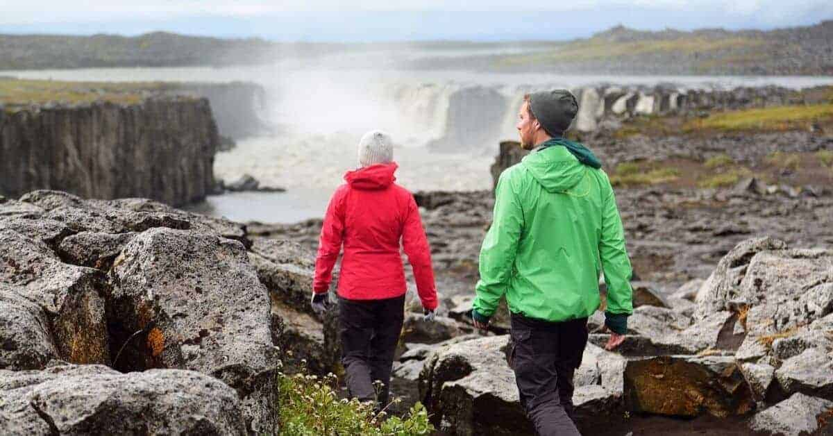 What to Wear to Iceland in Spring