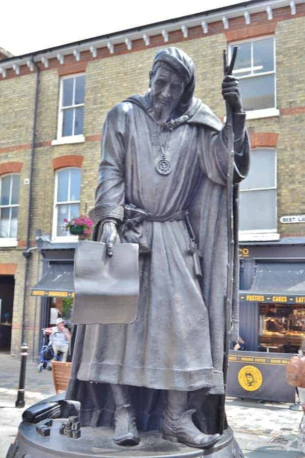 Chaucer Statue in Canterbury