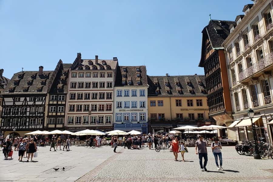 Square infront of Strasbourg's Notre Dame Cathedral