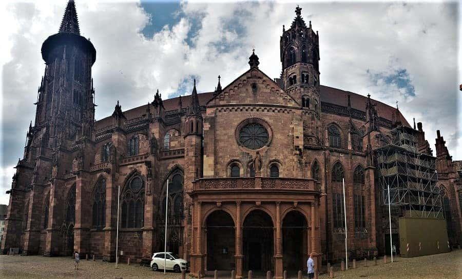 Freiburg Minster Side