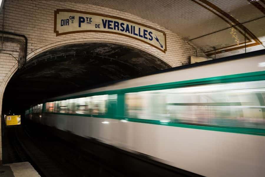 Paris train to Versailles