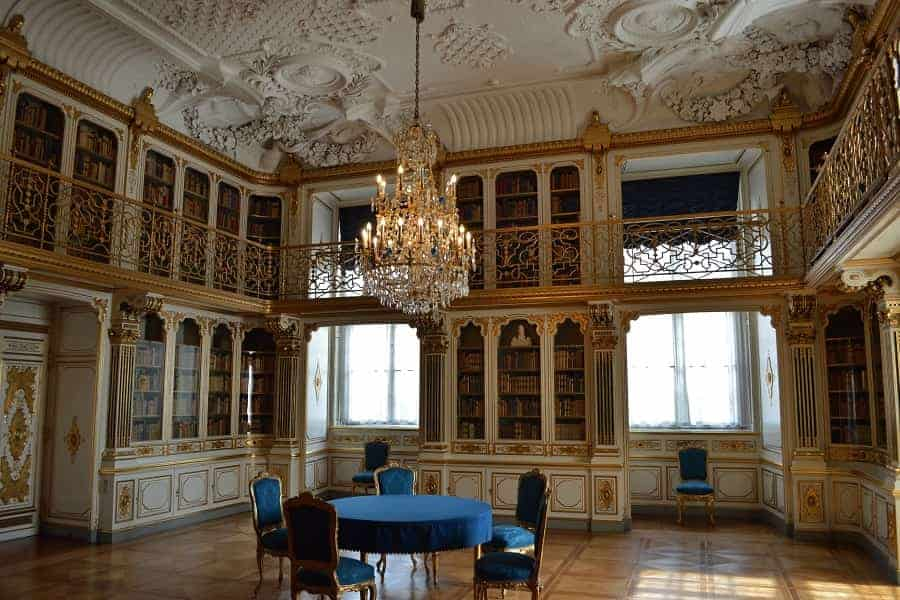 Library in Christianborg Palace