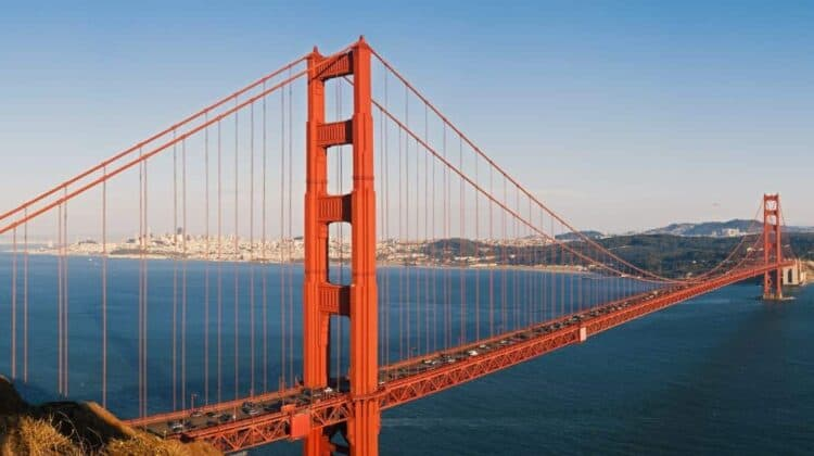 Seeing the Golden Gate Bridge