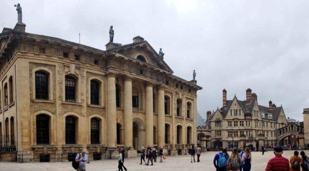 Touring Oxford England
