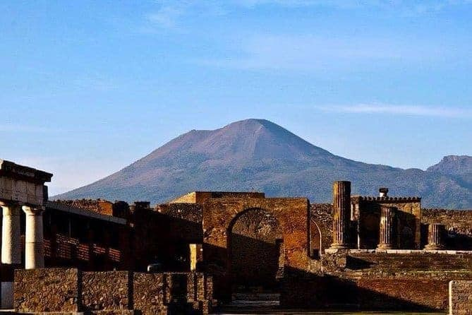 Pompeii Archaeological Site Walking Tour with Guide