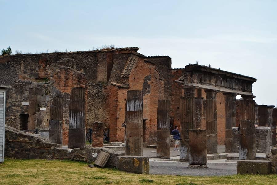 Ancient Pompeii Buildings