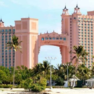 Benefits of an Atlantis Bahamas Day Pass