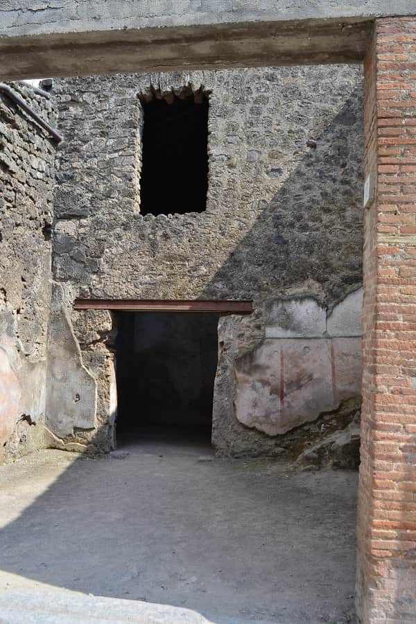 Inside a Pompeii Home