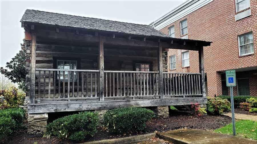 Hampton Inn Lexington Cabin