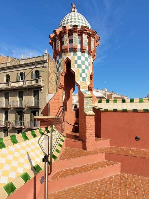 Casa Vincens Tower